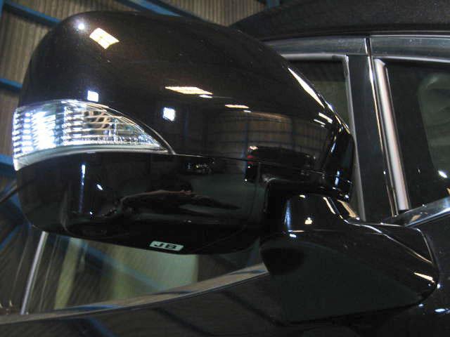 ★インテリジェントエアコンシステム(プラズマクラスター搭載、におい・排出ガス内外気自動切替え機構)★VDC(横滑り防止機構)+ブレーキLSD★SRSサイドエアバッグ&SRSカーテンシールドエアバッグ