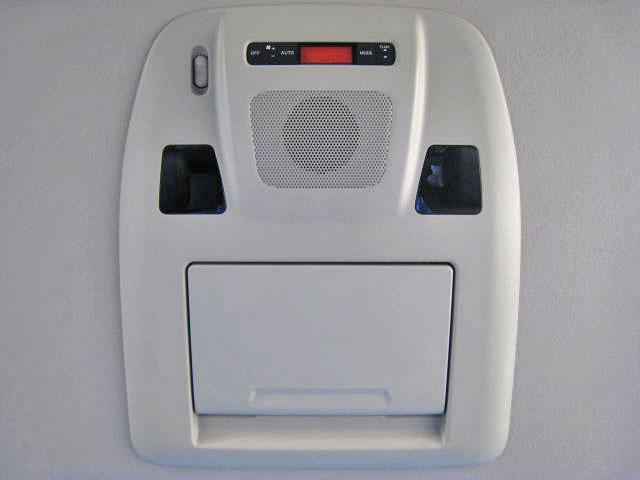 ★カーウングスHDDナビゲーションシステム(8インチワイドディスプレイ、ハンズフリーフォン、Bluetooth対応、DVD再生機能、ミュージックボックス、USB接続、100V電源、外部入力端子)