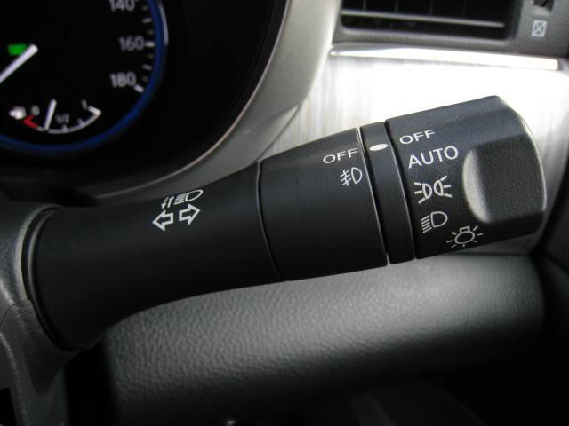 ★運転席パワーシート(スライド、リクライニング、前後独立リフター、ランバーサポート)★助手席パワーシート(スライド、リクライニング、オットマン)★5インチアドバンスドドライブアシストカラーディスプレイ