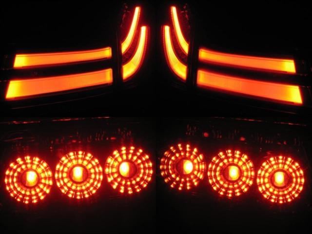 ★パワーバックドア★デュアルパワースライドドア(ワンタッチスイッチ付)★インテリジェントクリアランスソナー(8センサー、衝突被害軽減機能付)★電動パーキングブレーキ★ブレーキホールド★車両接近通報装置