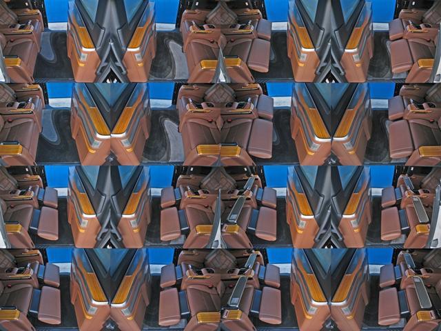 ロイヤルラウンジSP 4WDモデリスタパーソナルカスタマイズサドルタンバンブー本杢フルパーテーションエクストラキャビネット冷蔵庫リヤエンターテイメント24型ディスプレイ後席リラクゼーションシート集中コントロールタッチパネル(75枚目)
