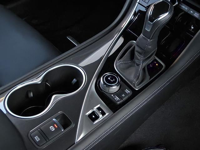 ハイブリッド GT タイプSP プロパイロット2.0ドライバーモニタヘッドアップディスプレイ車線逸脱防止レーダークルーズ踏間違衝突防止ブラインドスポットMエマージェンシB電動サンルーフBOSEサウンド16SP黒本革シートパドルシフト(47枚目)