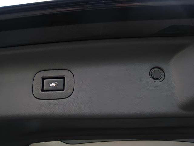 ライダー ブラックライン メーカーオプション全装着5.1chBOSEサラウンド13SP後席プライベートシアタWサンルーフ踏間違衝突防止アシストレーダークルーズ黒本革シートアラウンドビュモニタクリアランスソナパワーバック両電ドア(45枚目)