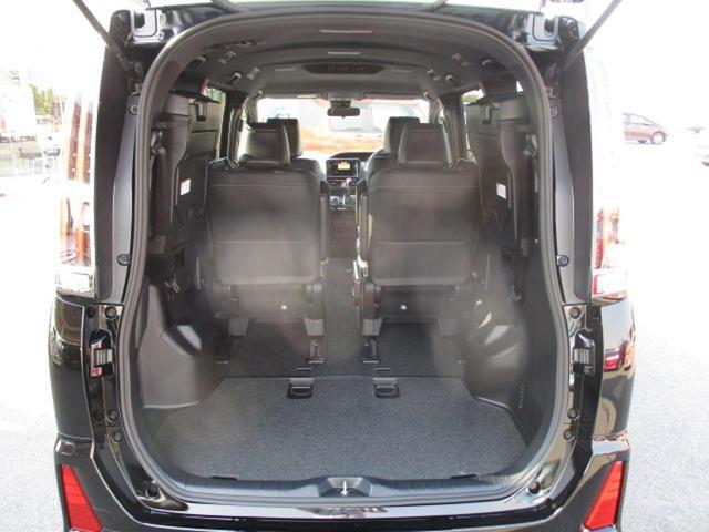 トヨタ ノア Si ダブルバイビー 新車未登録車 両側電動ドア