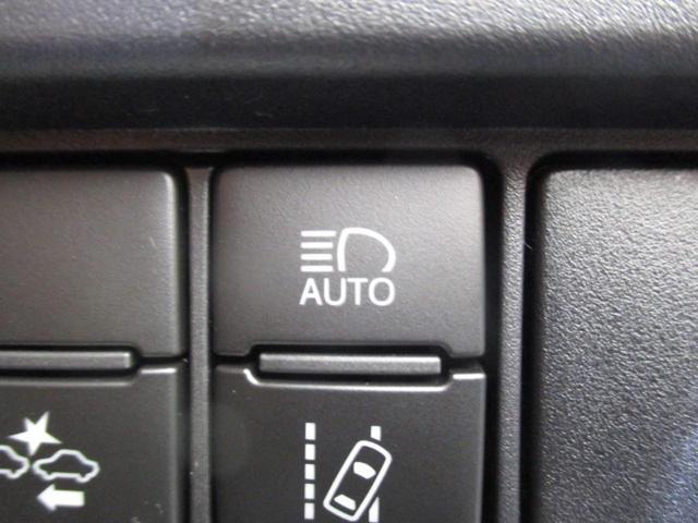 Xi セーフティセンス 両側電動スライドドア(5枚目)