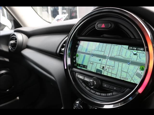 3ドア ONE ヴィクトリア 特別仕様車 ワンオーナー 純正HDDナビ ETC車載器 マルチファンクションステアリング アームレスト LEDヘッドライト 純正15インチアルミ USBポート アイドリングストップ(3枚目)