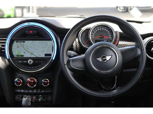3ドア COOPER S GIGAMOTフロントリップ&17インチアルミ&ダウンサス 純正HDDナビ Bluetooth接続 ETC LEDヘッドライト アームレスト アイドリングストップ オートエアコン(23枚目)