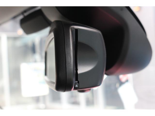 5ドア COOPER SD RHD GIGAMOTアルミ 純正HDDナビ バックカメラ ミラーETC マルチファンクションステアリング クルーズコントロール コンフォートアクセス MINIドライビングモード アームレスト PDC(36枚目)
