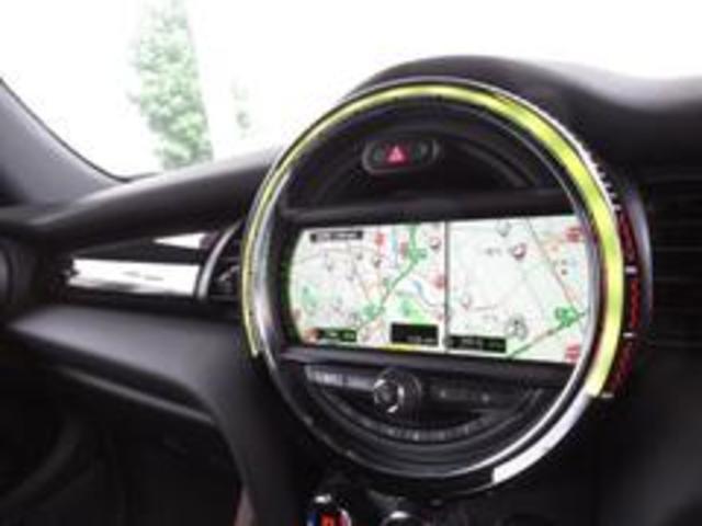 ジョンクーパーワークス コンバーチブル 新品SPARCO17インチAW 新品BLITZ車高調 新品GIGAMOTフロントリップ&サイドディフューザー 純正ナビ クルコン スマートキー ダイナミカシート ドライビングモード PDC(6枚目)