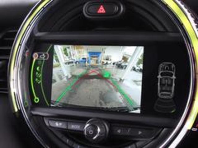ジョンクーパーワークス コンバーチブル 新品SPARCO17インチAW 新品BLITZ車高調 新品GIGAMOTフロントリップ&サイドディフューザー 純正ナビ クルコン スマートキー ダイナミカシート ドライビングモード PDC(7枚目)