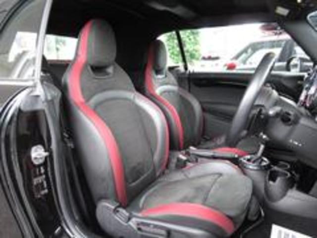 ジョンクーパーワークス コンバーチブル 新品SPARCO17インチAW 新品BLITZ車高調 新品GIGAMOTフロントリップ&サイドディフューザー 純正ナビ クルコン スマートキー ダイナミカシート ドライビングモード PDC(15枚目)