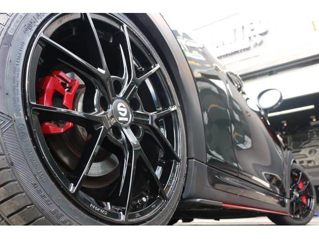 ジョンクーパーワークス コンバーチブル 新品SPARCO17インチAW 新品BLITZ車高調 新品GIGAMOTフロントリップ&サイドディフューザー 純正ナビ クルコン スマートキー ダイナミカシート ドライビングモード PDC(51枚目)