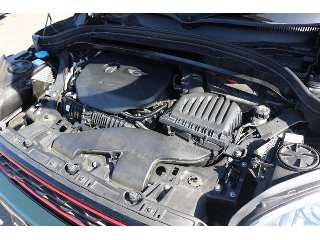 ジョンクーパーワークス クロスオーバー DuelL AG委託車両 DuelLAGボディキットコンプリートカー 300馬力DMEエンジンチューニング 新車外しダイナミカシート  純正ナビ コーディング済み GIGAMOTブレーキパット(18枚目)