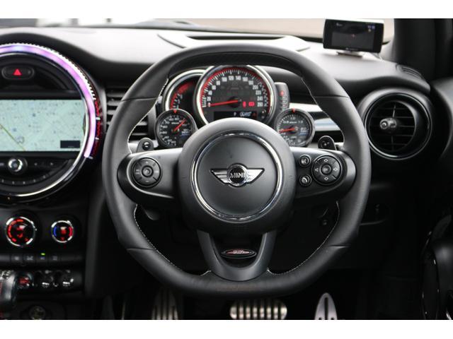 ジョンクーパーワークス GIGAMOTフロントリップ H&Rダウンサス ダイナミカシート ハーマンカードンスピーカー フルセグTV シートヒーター Bカメラ MINIドライビングアシスト ドライビングモード(6枚目)