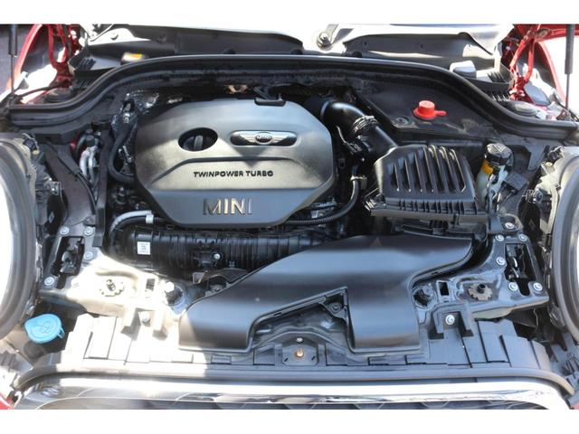 クーパーS ワンオーナー GIGAMOTフロントリップ ENKEI17インチアルミ 純正HDDナビ ハーフレザーシート ETC マルチファンクションステアリング クルーズコントロール LEDヘッドライト(18枚目)