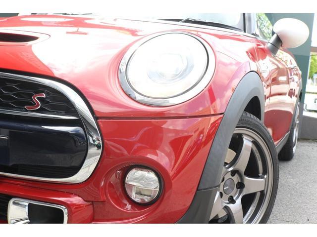 クーパーS ワンオーナー GIGAMOTフロントリップ ENKEI17インチアルミ 純正HDDナビ ハーフレザーシート ETC マルチファンクションステアリング クルーズコントロール LEDヘッドライト(20枚目)