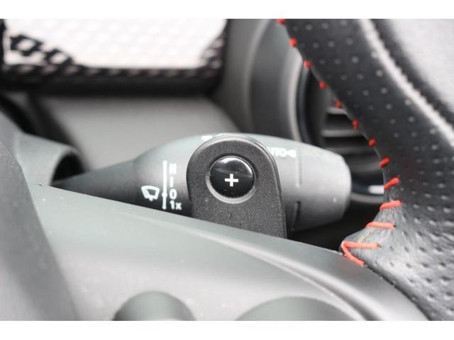 コンバーチブル ジョンクーパーワークス GIGAMOTフロントリップ アイバッハダウンサス Bカメラ コンフォートアクセス ダイナミカシート シートヒーター YOURSパッケージ ミラーETC シートヒーター HUD ドライビングモード(28枚目)