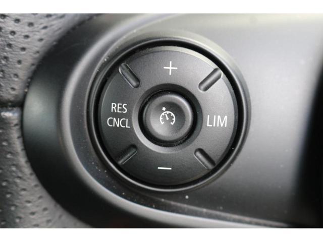 ジョンクーパーワークス GIGAMOTフロントリップ&ダウンサス ワンオーナー 6速MT 純正ナビ HUD コンフォートアクセス マルチファンクションステアリング ETC ドライビングモード 純正17インチアルミホイール(26枚目)