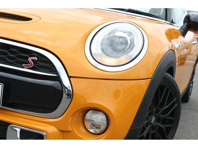 クーパーS GIGAMOT17インチアルミ&ダウンサス MSKフロントリップ 純正HDDナビ ヘッドアップディスプレイ MINIドライビングモード マルチファンクションステアリング クルーズコントロール(20枚目)