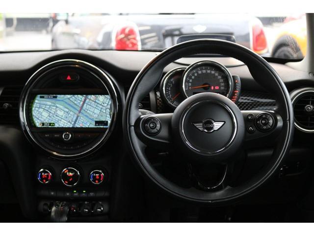 クーパーS GIGAMOT17インチアルミ&ダウンサス MSKフロントリップ 純正HDDナビ ヘッドアップディスプレイ MINIドライビングモード マルチファンクションステアリング クルーズコントロール(26枚目)