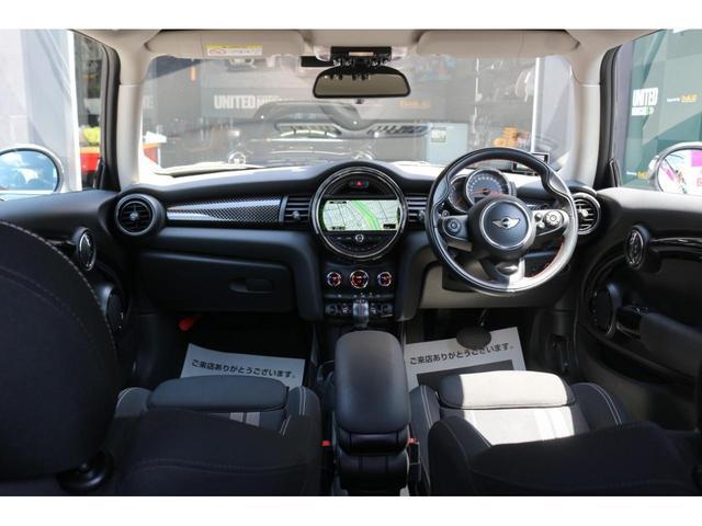 3ドア COOPER S MSKフロントリップ GIGAMOT17インチアルミ&ダウンサス 純正HDDナビ JCWステアリング ドライビングモード マルチファンクションステアリング LEDヘッドライト オートライト ETC(24枚目)