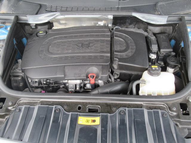 クーパーSD クロスオーバーマリン 日本150台限定特別仕様車MARIN リフトアップ MGライカン16インチアルミ クルーズコントロール 専用ハーフレザーシート パドルシフト ETC車載器 AUX接続 キーレス オートエアコン(19枚目)
