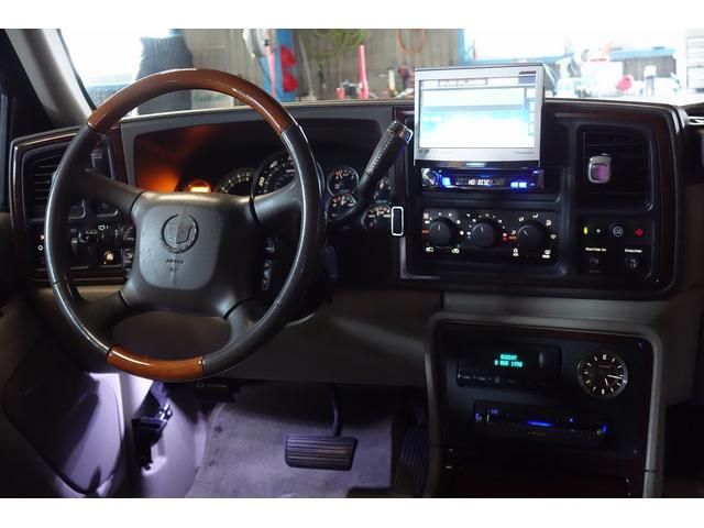 「キャデラック」「キャデラック エスカレード」「SUV・クロカン」「岐阜県」の中古車16