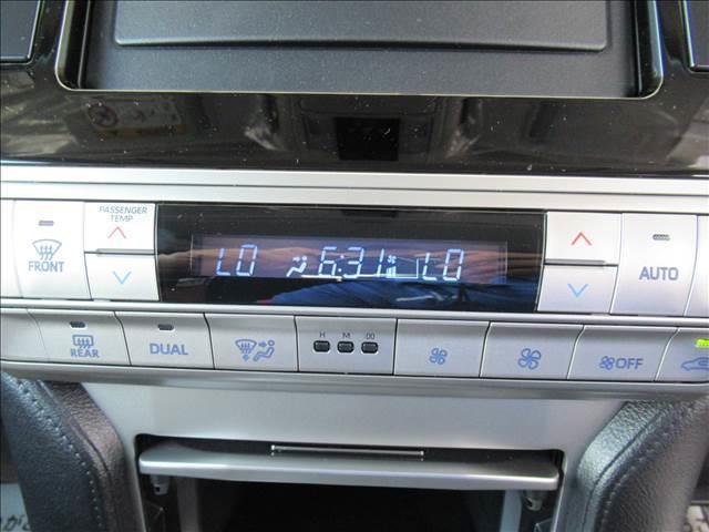 TX 新車未登録 2.8LディーゼルTB サンルーフ リアデフロック DAC セーフティセンス レーンキープ 衝突軽減 レーダークルコン LED スマートキー ルーフレール 7人(5枚目)