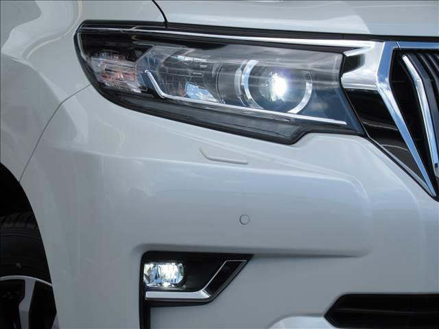 TX Lパッケージ 新車未登録 セーフティセンス プリクラッシュ レーンキープ 本革シート シートヒーター&クーラー ルーフレール レーダークルコン クリアランスソナー スマートキー 7人(11枚目)