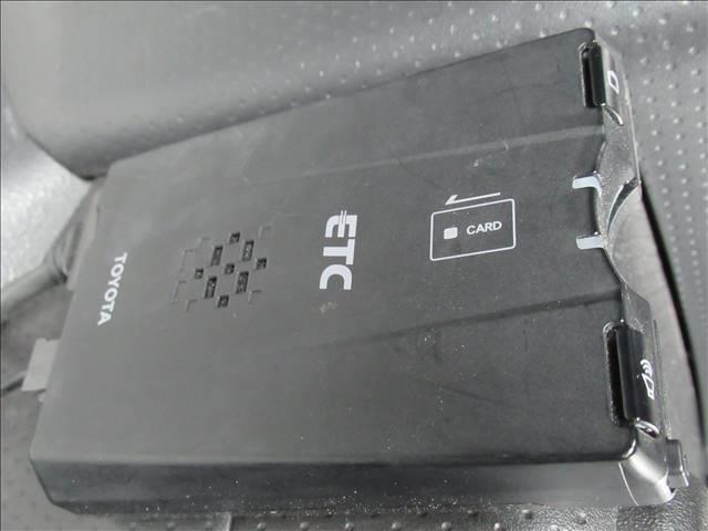 カラーパッケージ 純正フルセグナビ バックカメラ クルーズコントロール クリアランスソナー RAYS製/デイトナ/M9 2inリフトUP マッドテレンタイヤ ETC ステアリングリモコン リアフォグ(9枚目)