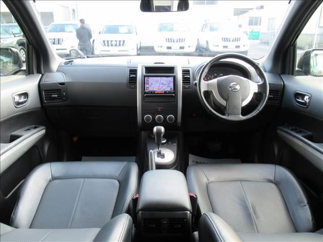20GT S 後期 純正SDフルセグナビ 純正17inアルミ ETC キセノンヘッドライト フォグランプ ダウンヒルアシストコントロール パートタイム4WD カプロンシート インテリジェントキー ディーゼル車両(2枚目)