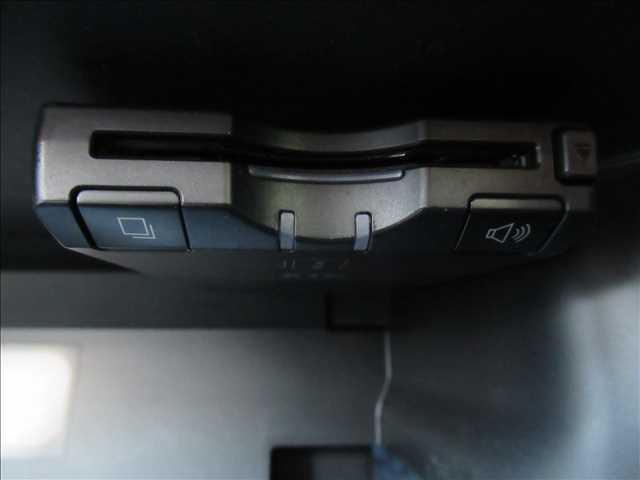 20X エマージェンシーブレーキ パッケージ 4WD フルセグナビ バックカメラ LEDヘッド ETC Aストップ シートヒーター カプロンシート クリアランスソナー 衝突軽減 レーンキープ 純正アルミ ダウンヒルアシスト(9枚目)