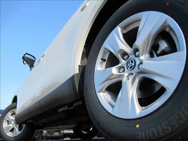 S 新車未登録 ディスプレイオーディオ セーフティセンス プリクラッシュ レーンキープ レーダークルーズ スマートキー クリアランスソナー LEDヘッドライト USBポート(13枚目)