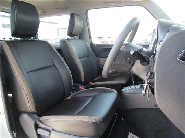 ランドベンチャー 10型 リフトUP カーボン製ボンネット High-Bridge-Firstマフラー LEDアンダーカバー HIDヘッドライト 背面タイヤレス ショートバンパー リアスポイラー シートヒーター 4WD(5枚目)