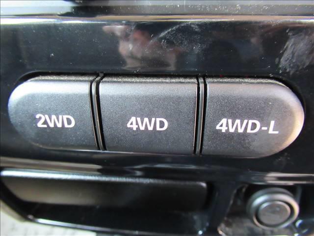 ランドベンチャー 10型 リフトUP カーボン製ボンネット High-Bridge-Firstマフラー LEDアンダーカバー HIDヘッドライト 背面タイヤレス ショートバンパー リアスポイラー シートヒーター 4WD(12枚目)