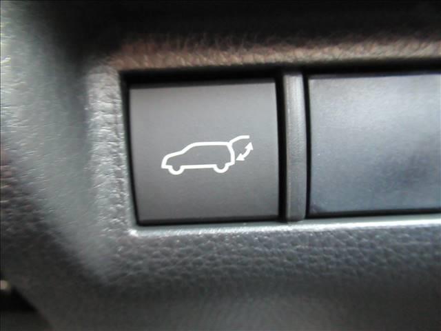 G ディスプレイオーディオ クリアランスソナー レーダークルーズコントロール パワーシート パワーリアゲート 衝突軽減 ハーフレザーシート LEDヘッドライト スマートキー USB端子 車線逸脱防止(9枚目)
