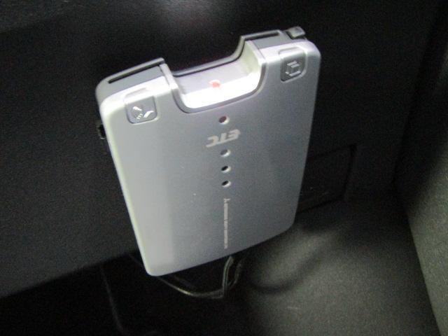 トヨタ カローラルミオン 1.5G 弊社買取 純正アルミ HDDナビ バックカメラ