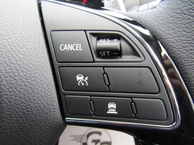 高速走行やロングドライブなどで活躍するクルーズコントロール搭載。