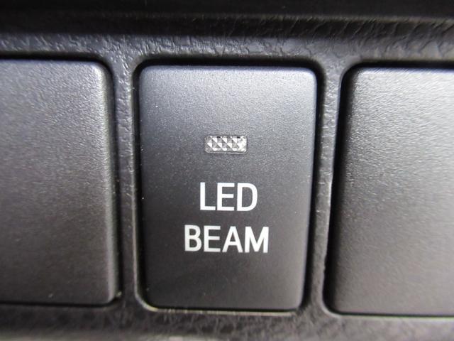 エレガンス GRスポーツ 後期 特別仕様車 サンルーフ 純正SDナビ トヨタセーフティセンス プリクラッシュ レーダークルーズコントロール レーンキープアシスト 専用ハーフレザー LEDヘッドライト クリアランスソナー(28枚目)