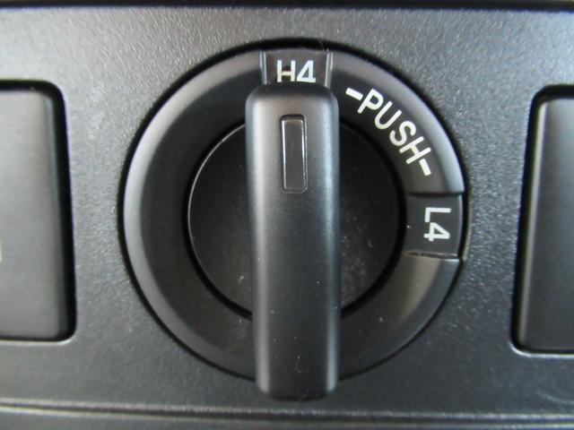 TX サイバーナビ バックカメラ ビルドインETC デフロック ダウンヒルアシスト ALPINEツィーター LEDヘッドライト スマートキー ディーゼルターボ オートライト オートエアコン スマートキー(40枚目)