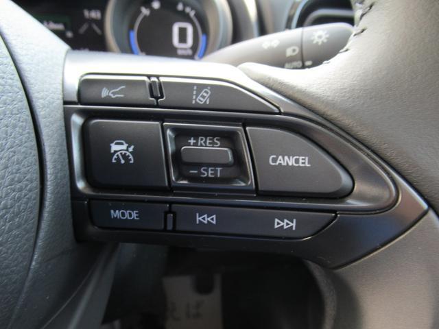 G 登録済未使用車 ディスプレイオーディオ クリアランスソナー レーダークルコン 衝突軽減ブレーキ 先行車発信告知 バックカメラ 純正16インチAW LEDヘッド オートハイビーム ステアリングスイッチ(9枚目)