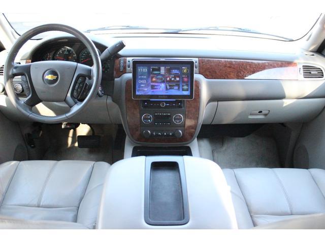 Z71オフロードPKG 4WD 1ナンバー10インチNAVI(13枚目)