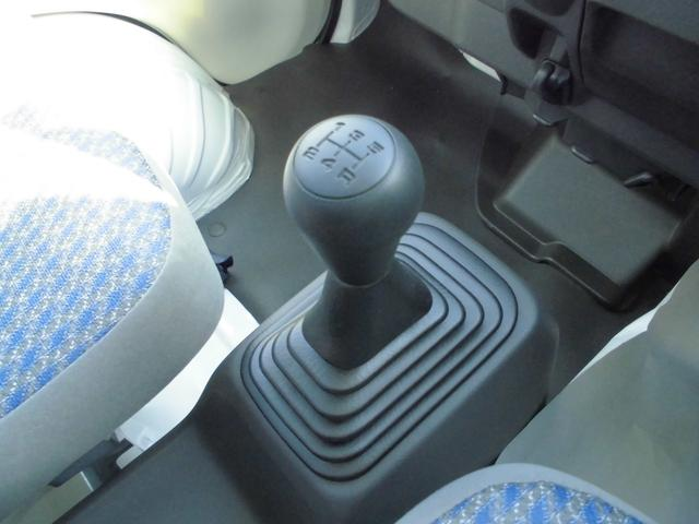 積載量や状況などによってご自身でシフトチェンジが出来ますので力強い運転ができ、燃費も良くなります。