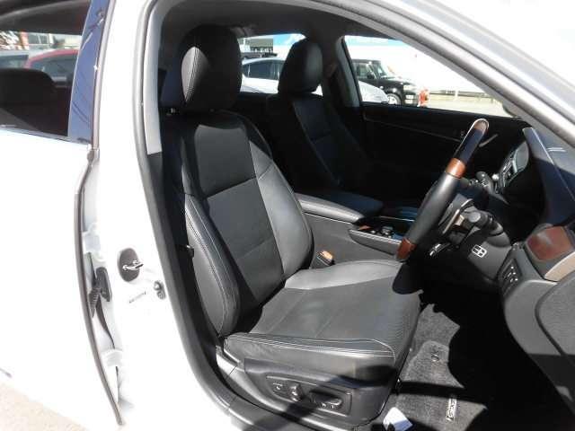 GS450h Iパッケージ ワンオーナー 喫煙車 電動本革席(6枚目)