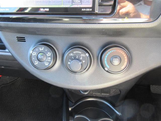 F ワンオーナー 禁煙車 タイヤ4本新品 フルセグ付7型SDナビ スマートキー(9枚目)
