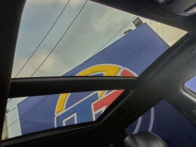 SRT8 ヴェイパー 日本導入8台 サンルーフ ローダウン(12枚目)