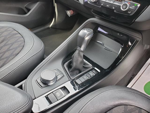 sDrive 18i xライン LEDヘッドライト インテリジェントセーフティ ETC シートヒーター(11枚目)