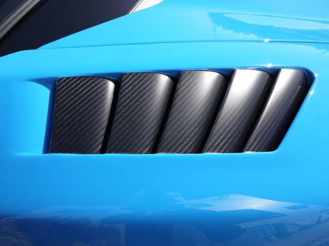 マクラーレン マクラーレン 675LT スパイダー MSO 世界500台限定生産モデル