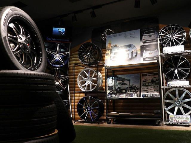 お車のカスタムもお任せください!SUVLANDは各メーカーのカスタムパーツも豊富にご用意しています!!自分だけの特別な1台を一緒に作り上げてみませんか?