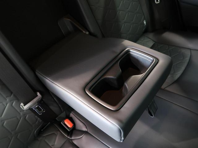 アドベンチャー 1オーナー 禁煙車 トヨタセーフティセンス パワーバックドア 純正19インチAW 純正SDナビ 禁煙車 ルーフレール 運転席パワーシート LEDヘッドライト ETC ドアバイザー(38枚目)